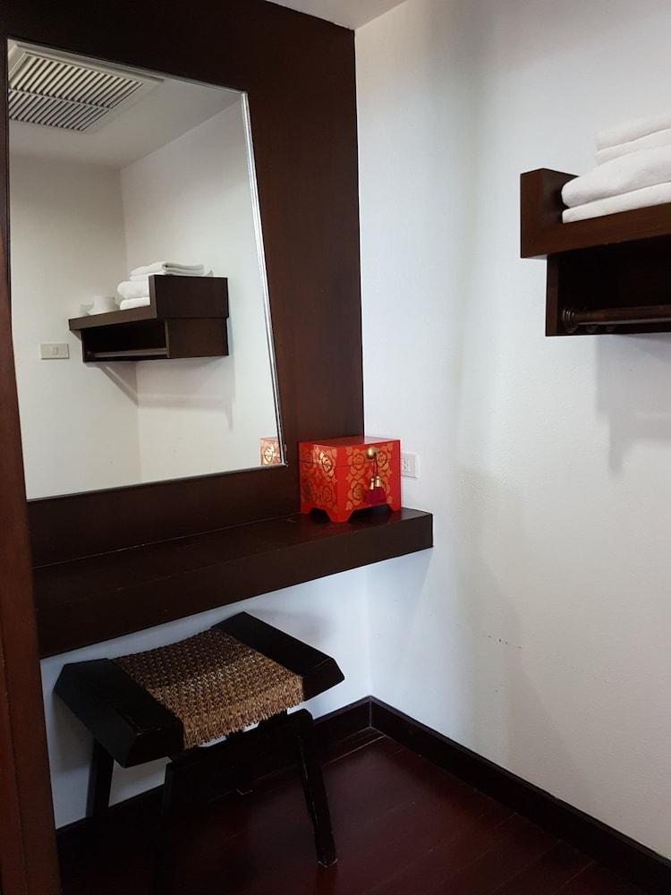 니차 후아인 호텔(Nicha Hua Hin Hotel) Hotel Image 18 - Guestroom