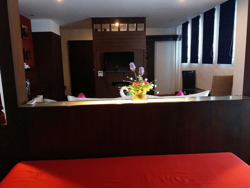 니차 후아인 호텔(Nicha Hua Hin Hotel) Hotel Image 26 - Guestroom