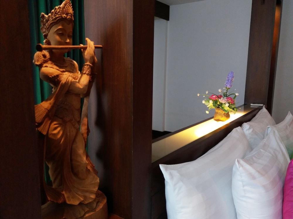 니차 후아인 호텔(Nicha Hua Hin Hotel) Hotel Image 32 - Guestroom