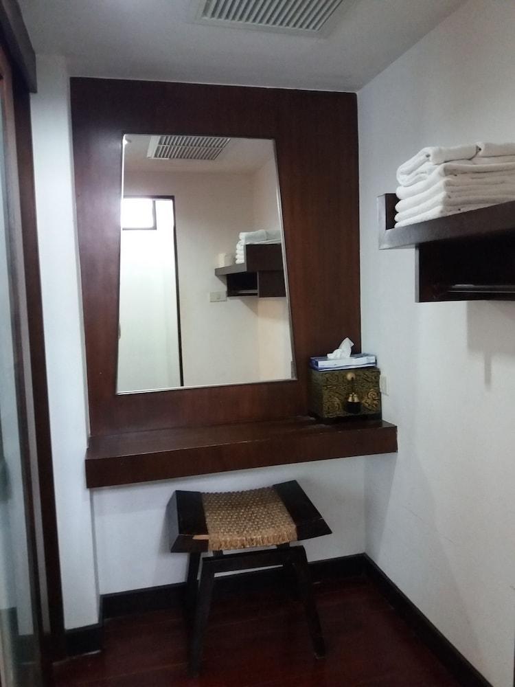 니차 후아인 호텔(Nicha Hua Hin Hotel) Hotel Image 38 - Guestroom