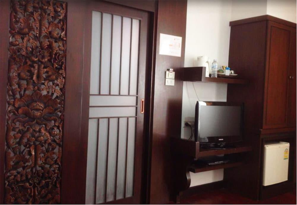 니차 후아인 호텔(Nicha Hua Hin Hotel) Hotel Image 17 - Guestroom
