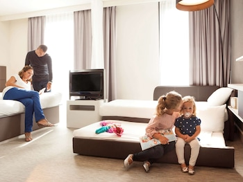 Family Suite, 1 Double Bed with Sofa bed