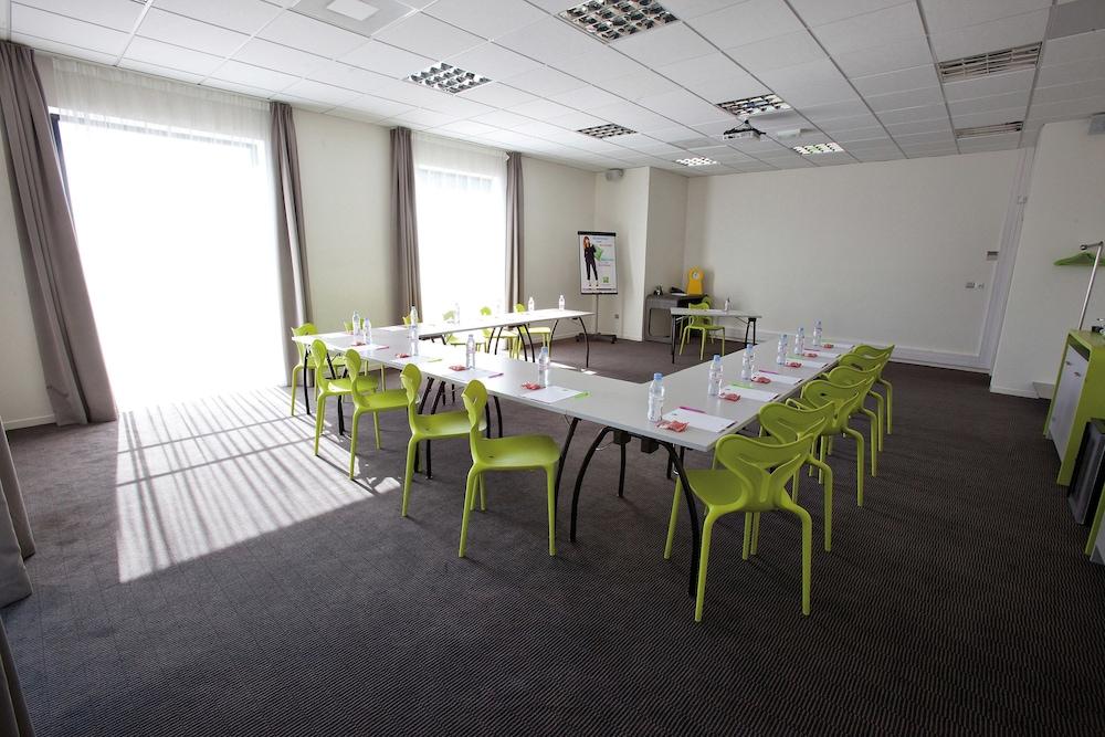 이비스 스타일스 툴루즈 시트 에스파스(ibis Styles Toulouse Cite Espace) Hotel Image 27 - Property Amenity