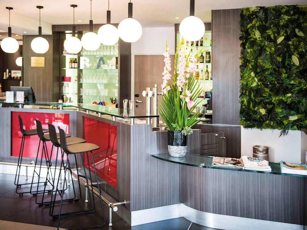 이비스 스타일스 툴루즈 시트 에스파스(ibis Styles Toulouse Cite Espace) Hotel Image 47 - Hotel Bar