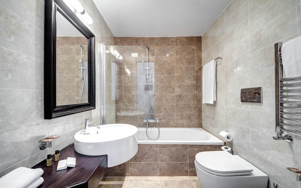 도미지아 상크티 안젤리(Domizia Sancti Angeli) Hotel Image 16 - Bathroom