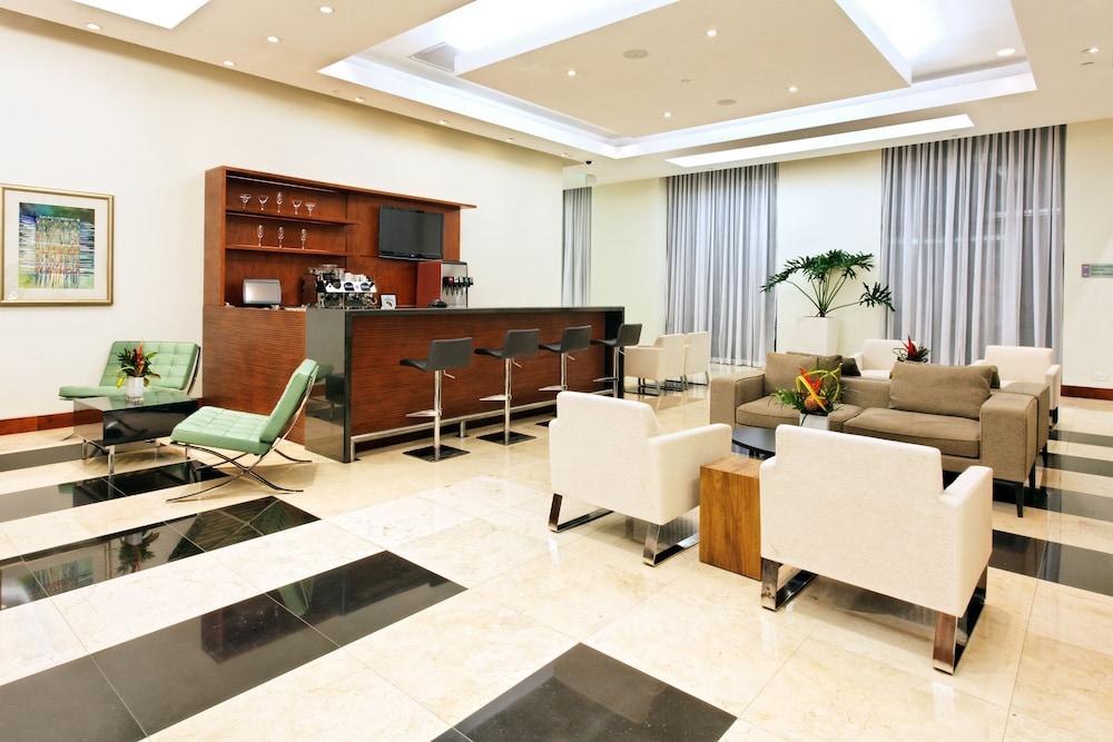 홀리데이 인 산호세 에스카수(Holiday Inn San Jose Escazu) Hotel Image 4 - Lobby