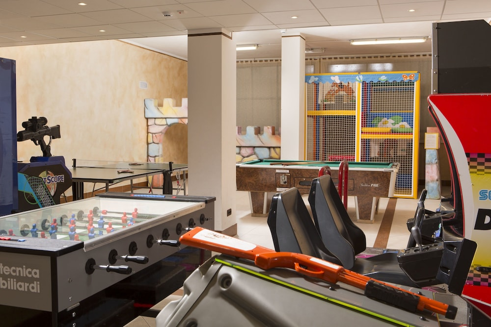 포이아노 리조트 아파트먼츠(Poiano Resort Apartments) Hotel Image 52 - Childrens Play Area - Indoor