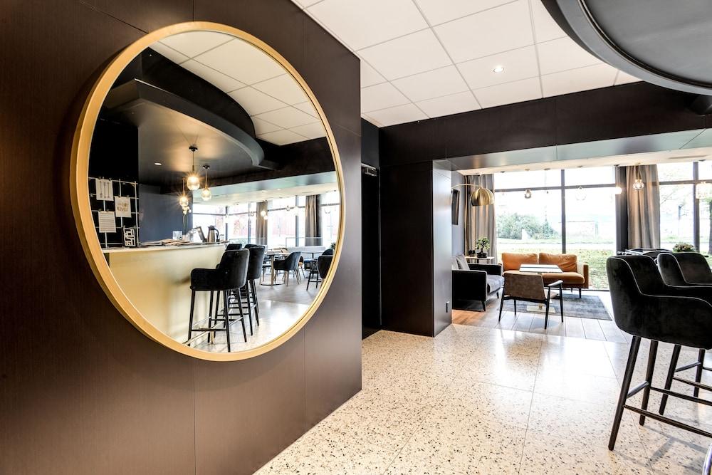 브릿 호텔 두 스타드(Brit Hotel Du Stade) Hotel Image 7 - Reception