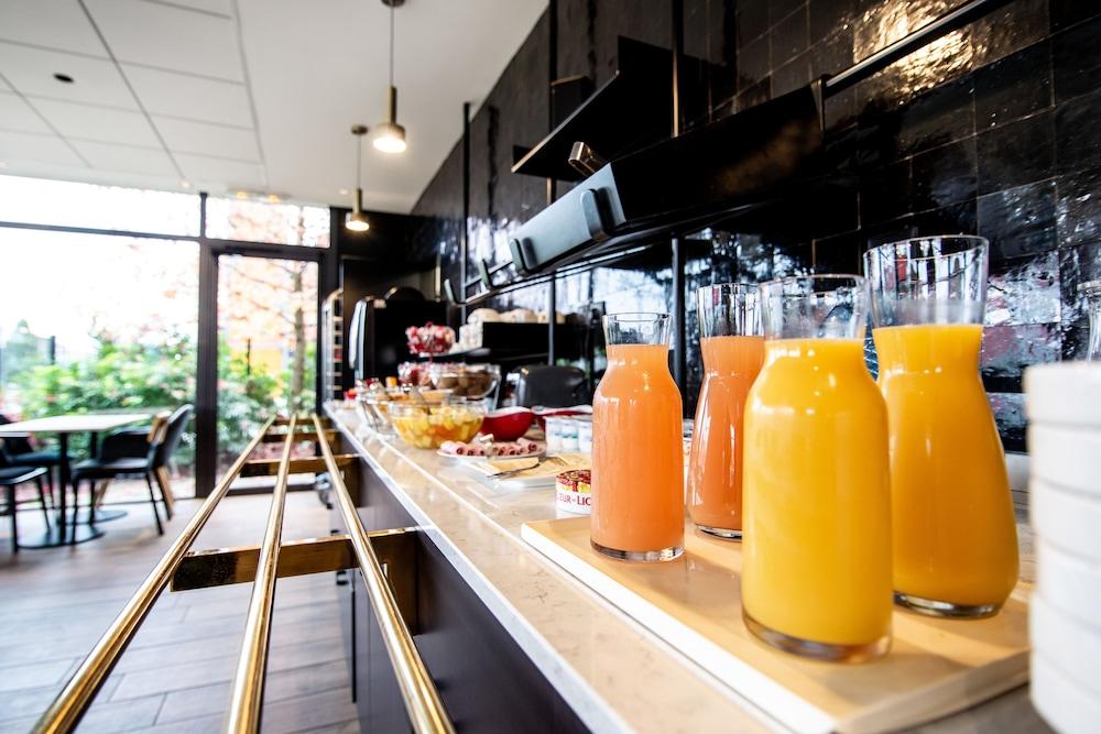 브릿 호텔 두 스타드(Brit Hotel Du Stade) Hotel Image 24 - Breakfast Meal