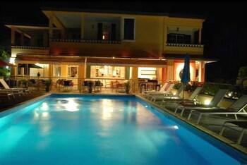하비테이션 두 콩테(Habitation du Comté) Hotel Image 33 - Outdoor Pool