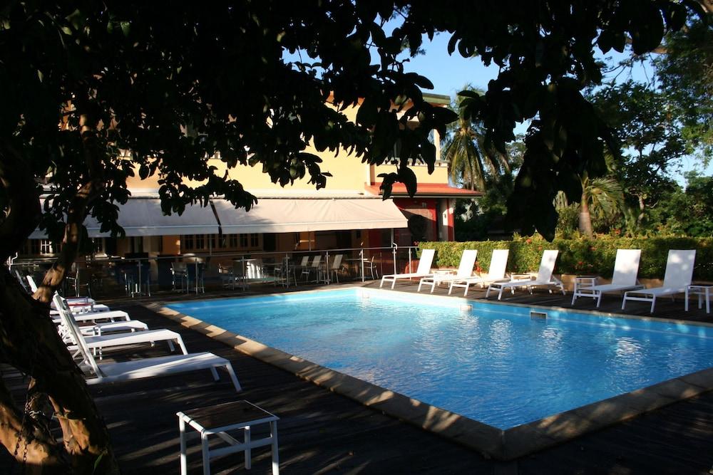 하비테이션 두 콩테(Habitation du Comté) Hotel Image 40 - Outdoor Pool