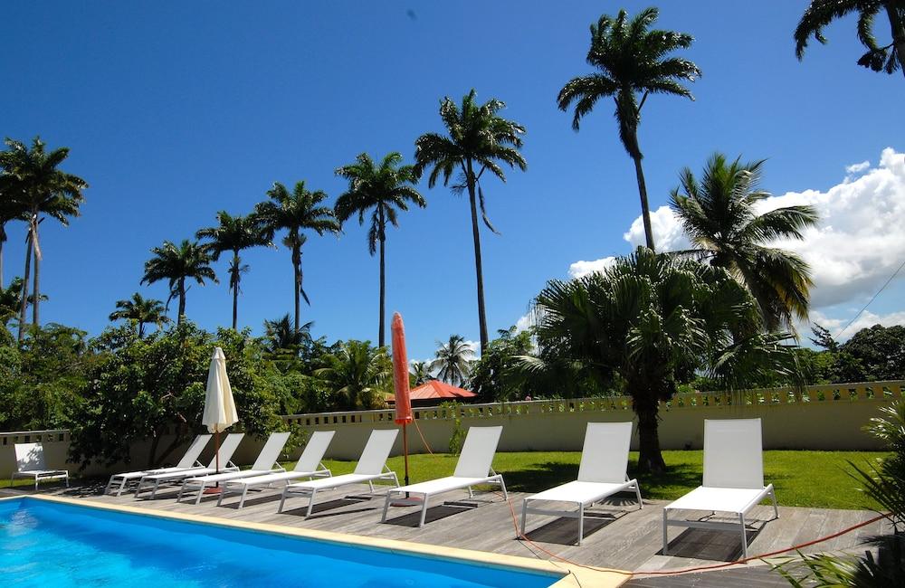 하비테이션 두 콩테(Habitation du Comté) Hotel Image 37 - Outdoor Pool