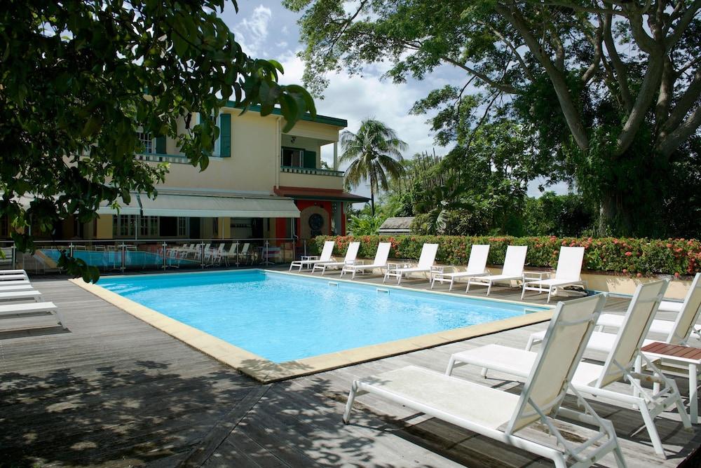 하비테이션 두 콩테(Habitation du Comté) Hotel Image 39 - Outdoor Pool