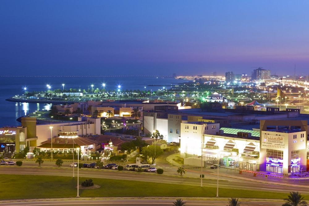 더블트리 바이 힐튼 호텔 다란(DoubleTree by Hilton Hotel Dhahran) Hotel Image 27 - Exterior