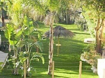칸 빌라 세인트 바스(Cannes Villa St Barth) Hotel Image 32 - Property Grounds