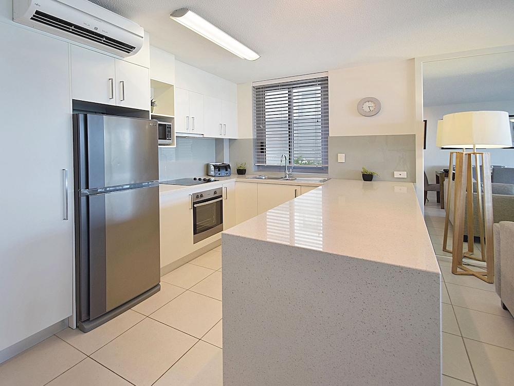 페어쇼어 누사(Fairshore Noosa) Hotel Image 45 - In-Room Kitchen