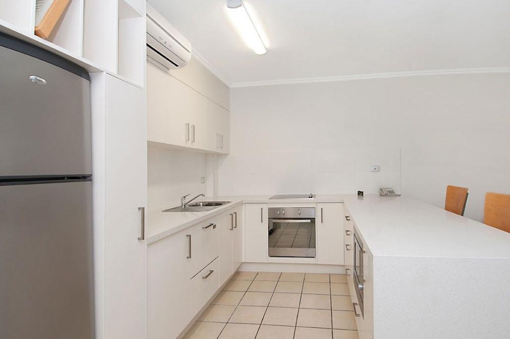 페어쇼어 누사(Fairshore Noosa) Hotel Image 44 - In-Room Kitchen