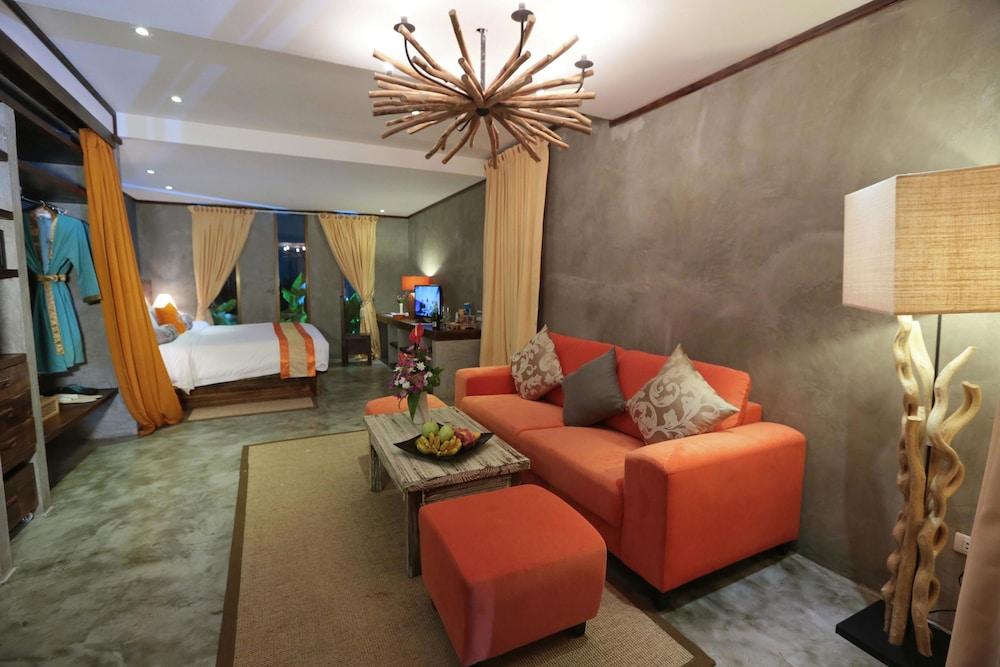 나타이 비치 리조트 & 스파 팡아(Natai Beach Resort & Spa Phang Nga) Hotel Image 21 - Living Area