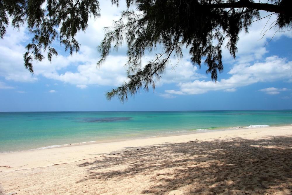 나타이 비치 리조트 & 스파 팡아(Natai Beach Resort & Spa Phang Nga) Hotel Image 64 - Beach