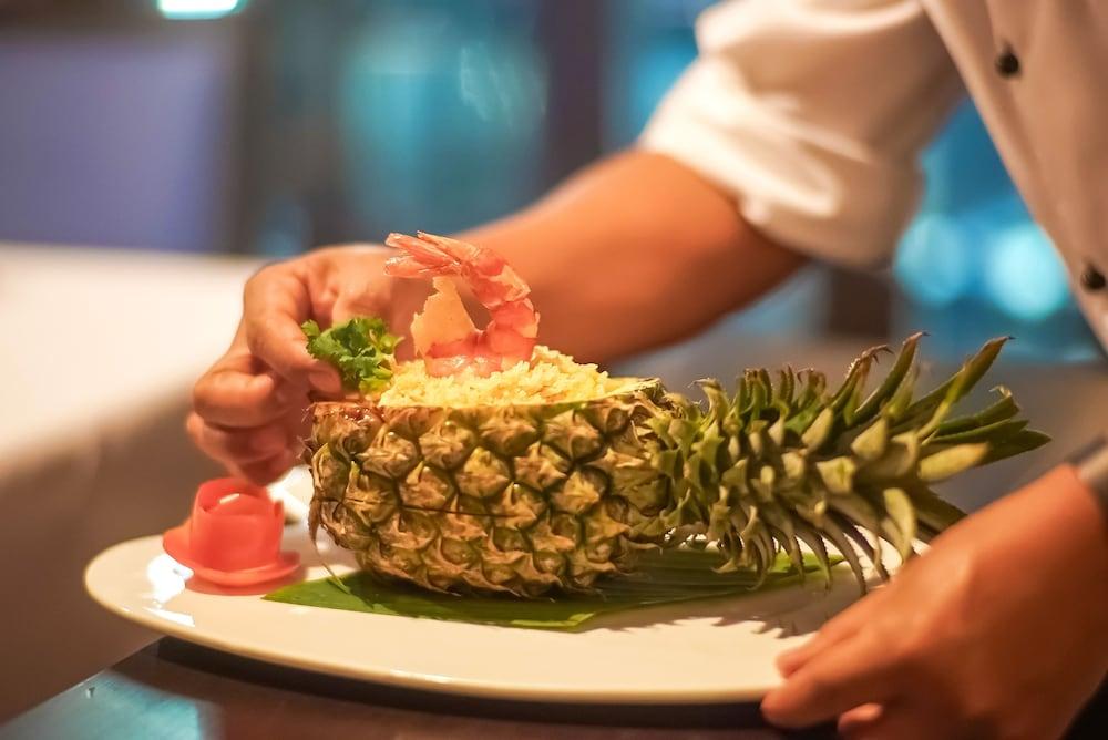나타이 비치 리조트 & 스파 팡아(Natai Beach Resort & Spa Phang Nga) Hotel Image 59 - Food and Drink