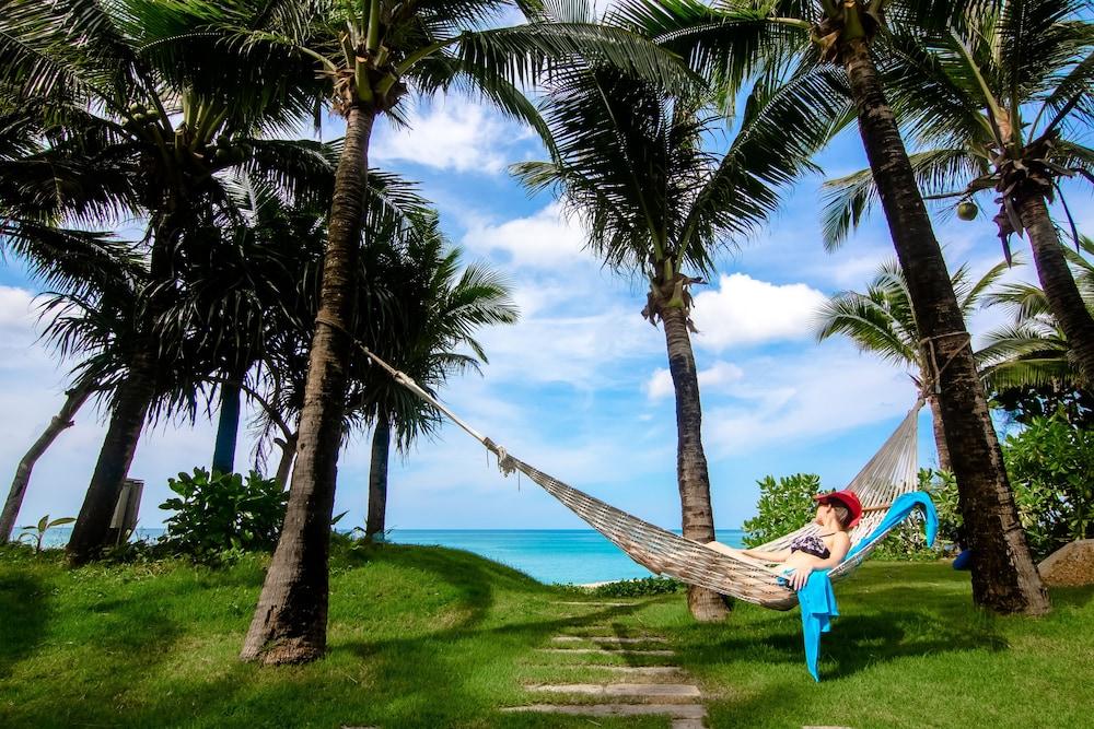 나타이 비치 리조트 & 스파 팡아(Natai Beach Resort & Spa Phang Nga) Hotel Image 66 - Beach