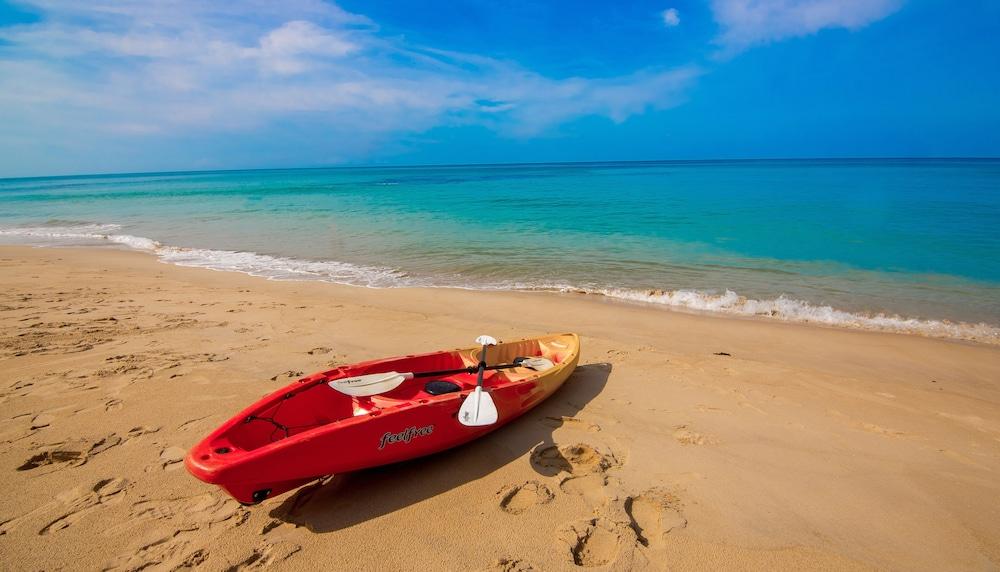 나타이 비치 리조트 & 스파 팡아(Natai Beach Resort & Spa Phang Nga) Hotel Image 54 - Kayaking