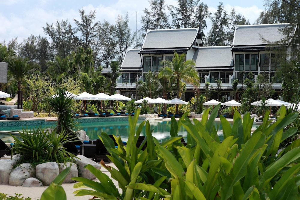 나타이 비치 리조트 & 스파 팡아(Natai Beach Resort & Spa Phang Nga) Hotel Image 42 - Outdoor Pool