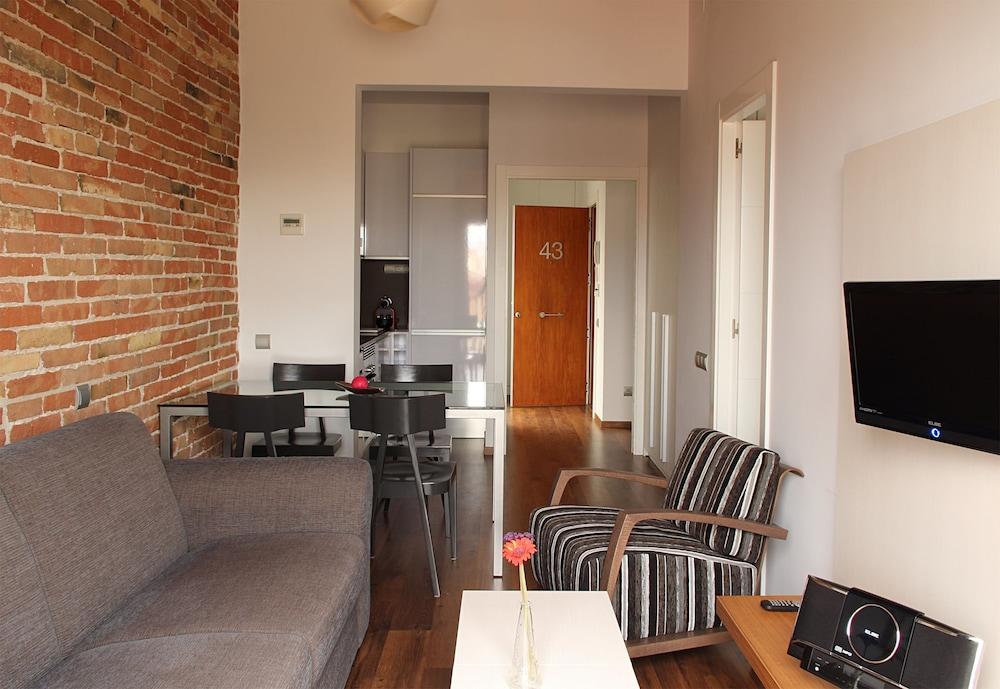MH 아파트먼츠 센터(MH Apartments Center) Hotel Image 19 - Living Area