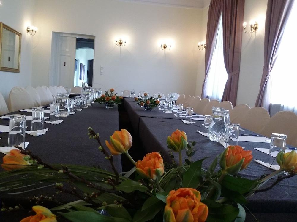 파츠코브카 호텔(Paszkowka Guest House) Hotel Image 19 - Meeting Facility