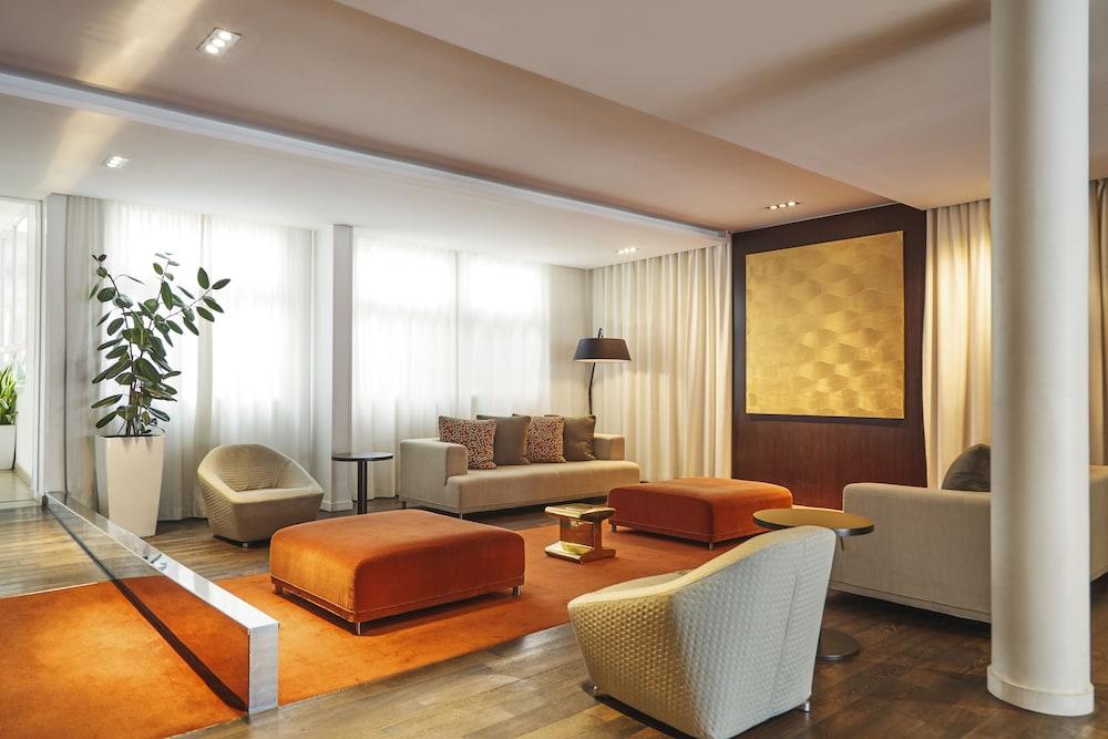 하이파크 바이 아다지오 마르세유(Hipark by Adagio Marseille) Hotel Image 1 - Lobby Sitting Area