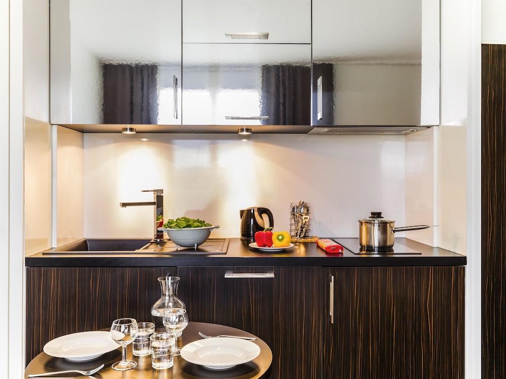 하이파크 바이 아다지오 마르세유(Hipark by Adagio Marseille) Hotel Image 30 - In-Room Kitchen