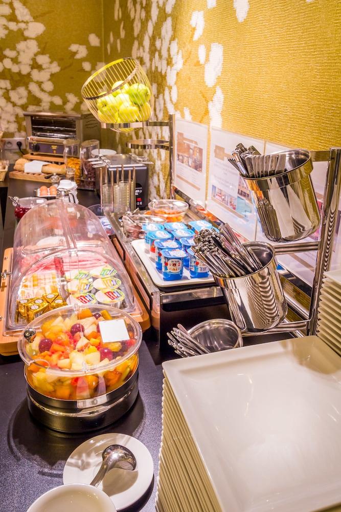 하이파크 바이 아다지오 마르세유(Hipark by Adagio Marseille) Hotel Image 45 - Breakfast Area