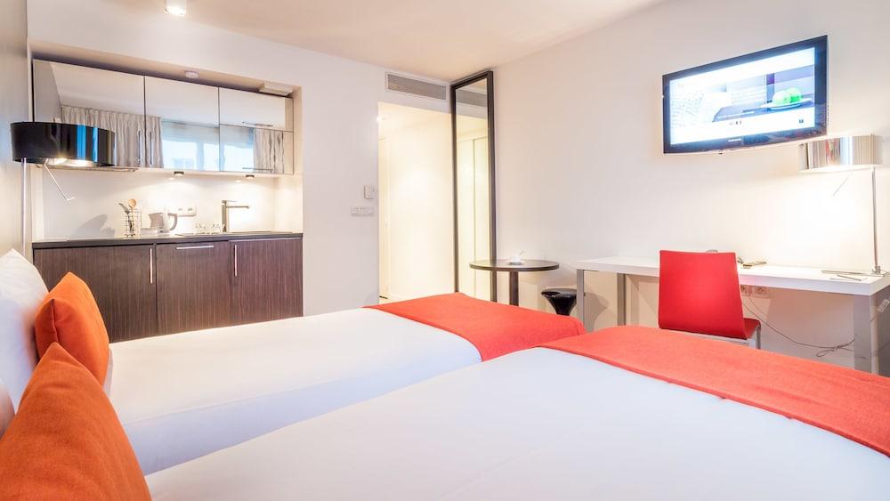 하이파크 바이 아다지오 마르세유(Hipark by Adagio Marseille) Hotel Image 10 - Guestroom