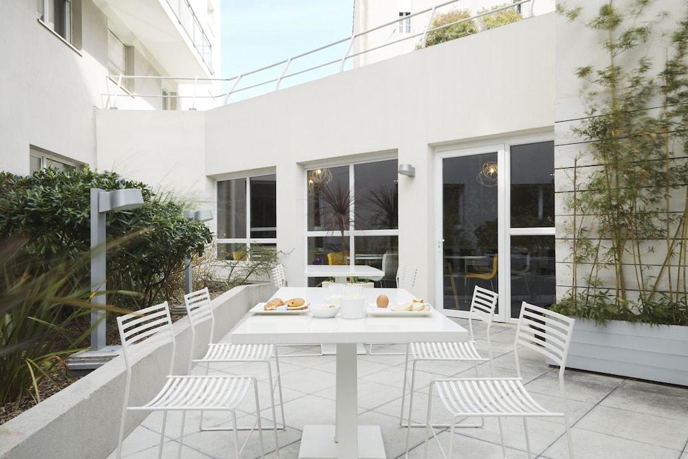 하이파크 바이 아다지오 마르세유(Hipark by Adagio Marseille) Hotel Image 48 - Terrace/Patio