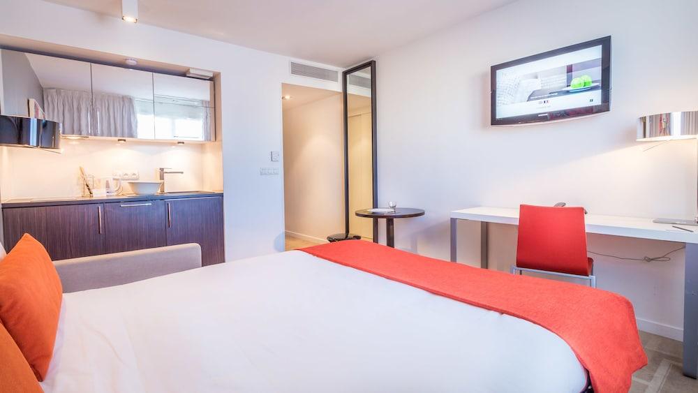 하이파크 바이 아다지오 마르세유(Hipark by Adagio Marseille) Hotel Image 4 - Guestroom