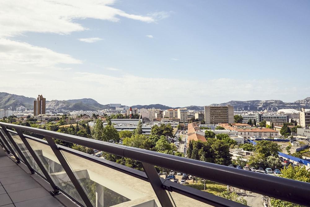 하이파크 바이 아다지오 마르세유(Hipark by Adagio Marseille) Hotel Image 33 - Balcony