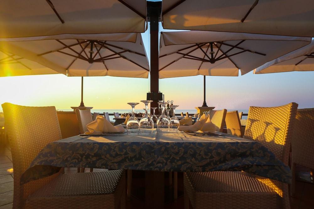 빌라지오 호텔 리도 산 쥬세페(Villaggio Hotel Lido San Giuseppe) Hotel Image 31 - Restaurant
