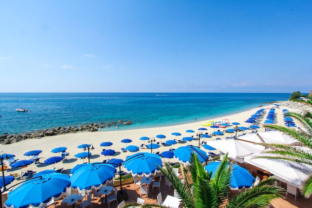 빌라지오 호텔 리도 산 쥬세페(Villaggio Hotel Lido San Giuseppe) Hotel Image 26 - Beach