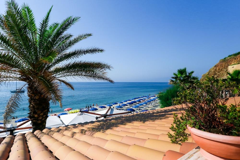 빌라지오 호텔 리도 산 쥬세페(Villaggio Hotel Lido San Giuseppe) Hotel Image 25 - Beach