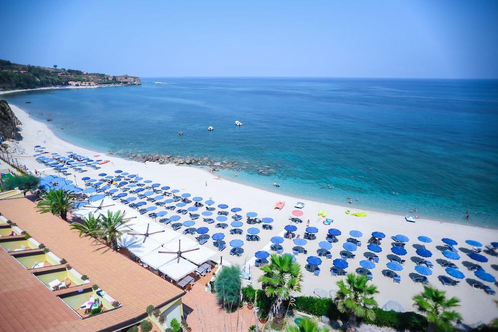 빌라지오 호텔 리도 산 쥬세페(Villaggio Hotel Lido San Giuseppe) Hotel Image 27 - Beach