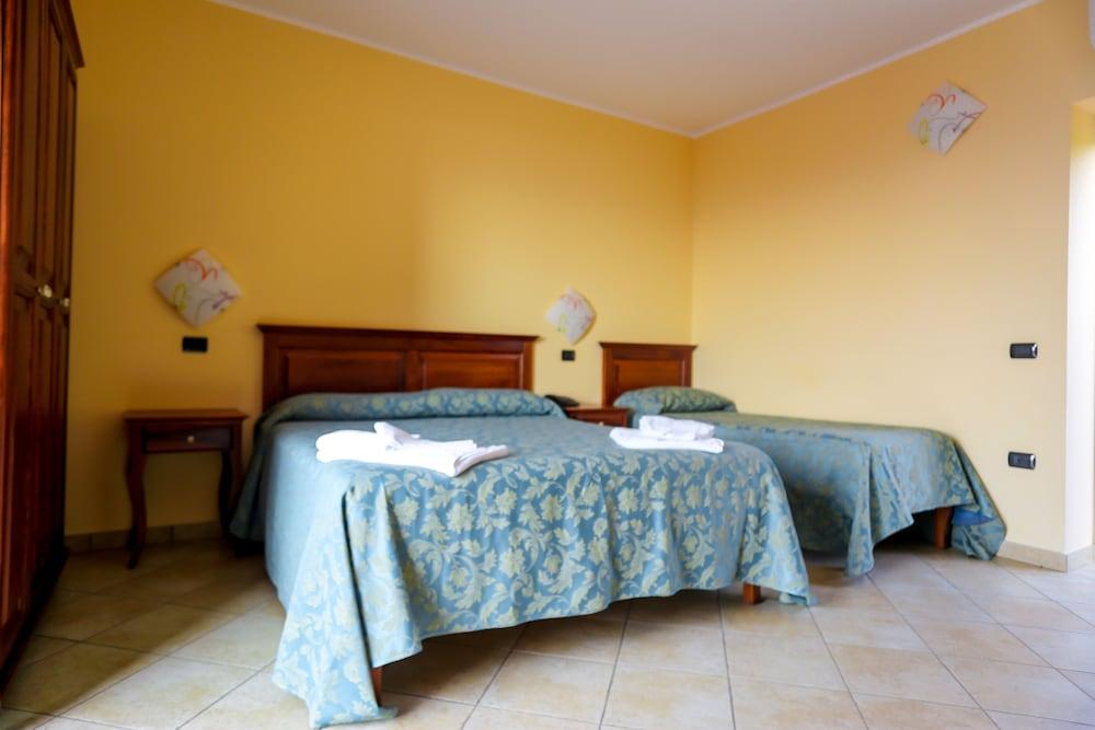빌라지오 호텔 리도 산 쥬세페(Villaggio Hotel Lido San Giuseppe) Hotel Image 3 - Guestroom