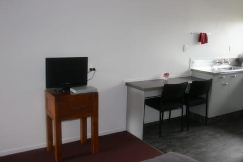Burgundy Rose Motel, Whangarei