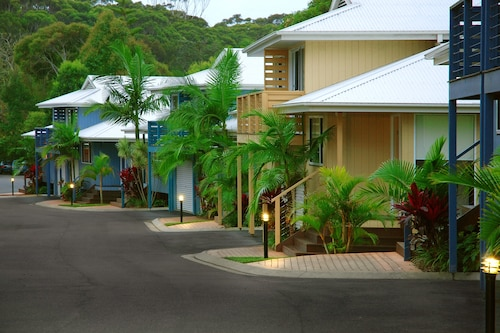 Flynns on Surf Beach Villas, Port Macquarie-Hastings - Pt A