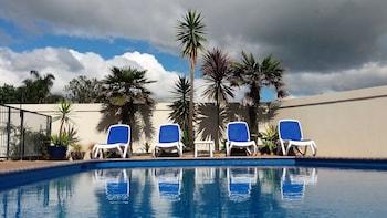 Hotel - Bay Palm Motel