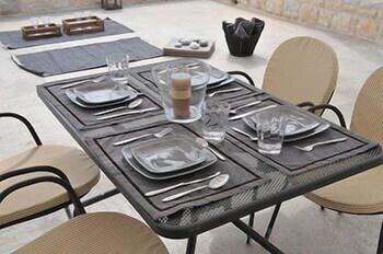 스타고네스 럭셔리 빌라(Stagones Luxury Villas) Hotel Image 69 - Outdoor Dining