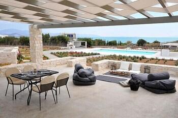 스타고네스 럭셔리 빌라(Stagones Luxury Villas) Hotel Image 32 - Terrace/Patio