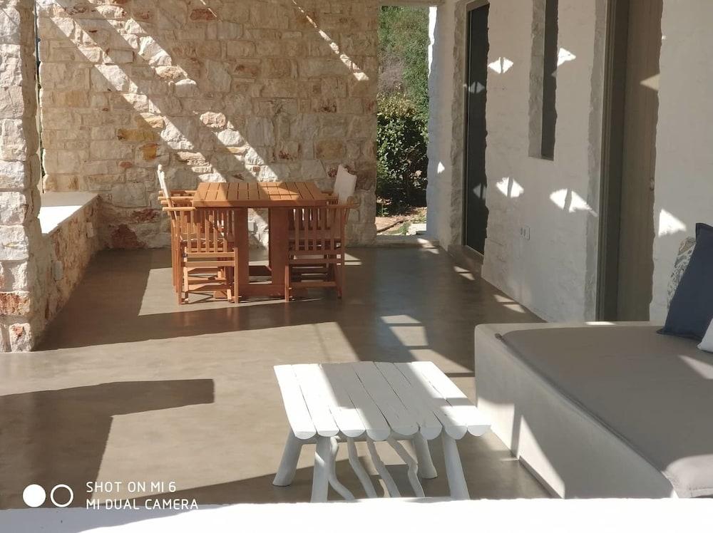 스타고네스 럭셔리 빌라(Stagones Luxury Villas) Hotel Image 13 - Guestroom