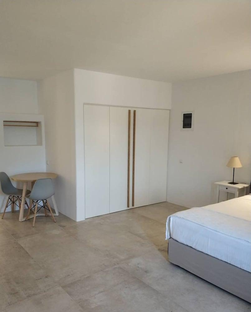 스타고네스 럭셔리 빌라(Stagones Luxury Villas) Hotel Image 82 -