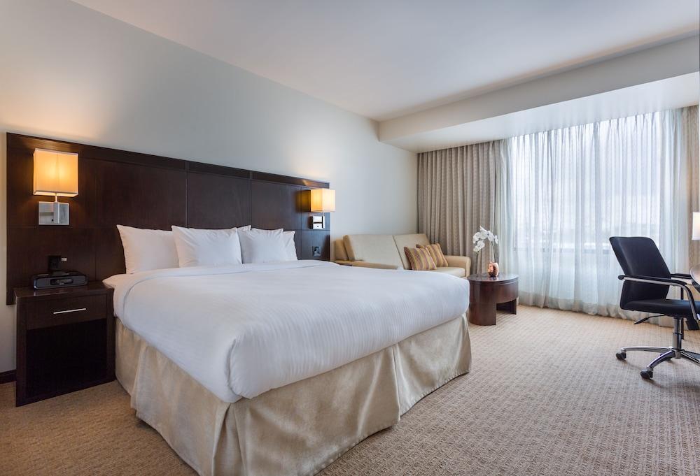 코트야드 파나마 앳 메트로몰 몰(Courtyard Panama at Metromall Mall) Hotel Image 8 - Guestroom