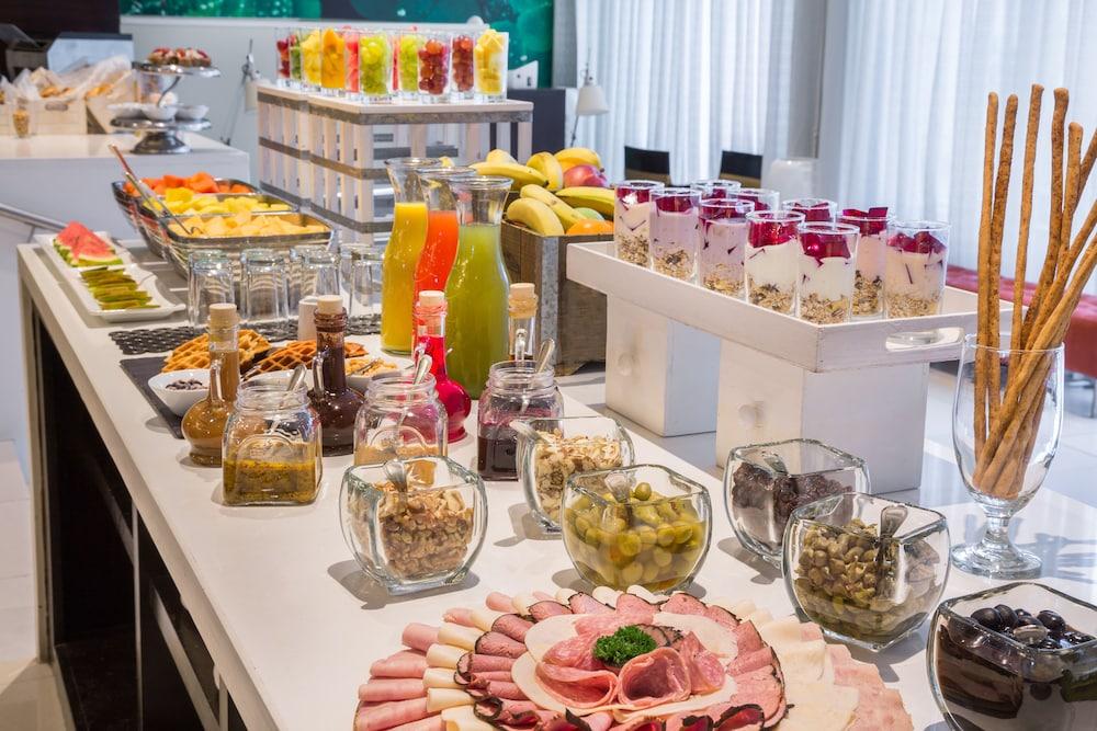 코트야드 파나마 앳 메트로몰 몰(Courtyard Panama at Metromall Mall) Hotel Image 51 - Food and Drink